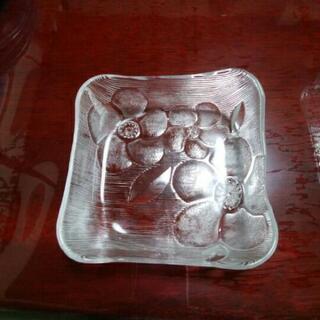 スクエア型 ガラス食器 4枚