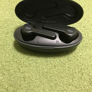 【値下げしました‼️】Bluetoothイヤホン ワイヤレス