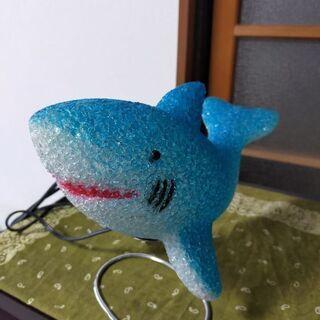 サメの置物
