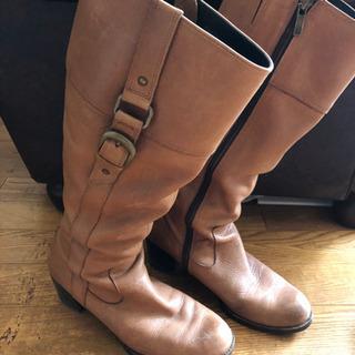 茶色いブーツ 23.0cm