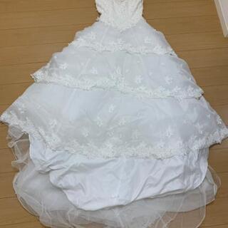 ウエディングドレス 中古 11号表記 ドレスのみ 全体にき…