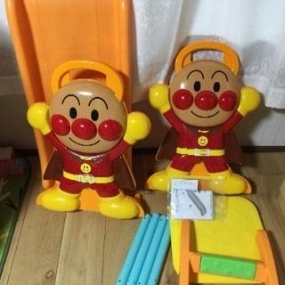 アンパンマンピッピ滑り台
