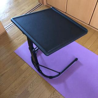 折りたたみパソコンテーブル