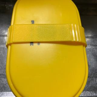 プロフ必読!二段お弁当箱、黄色。