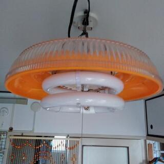 レトロな照明器具の画像