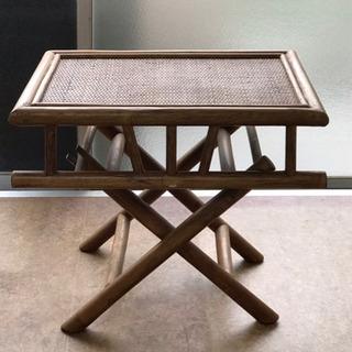 無料 籐製スタンド 折り畳み式 差し上げます