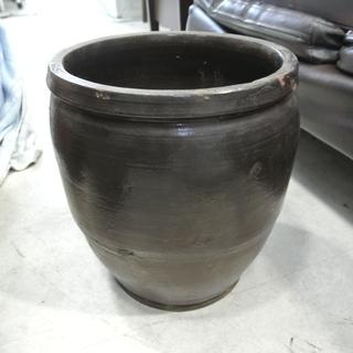レトロ 壺② 甕 黒
