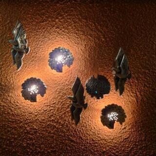 ライト付き壁掛けインテリア