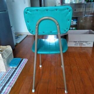 レトロな椅子  - 千葉市