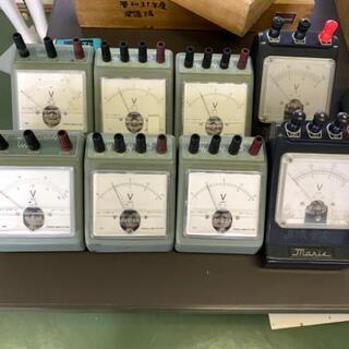 交流電圧計