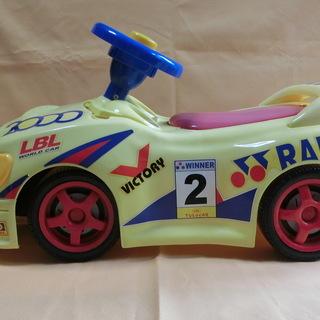 幼児おもちゃの車