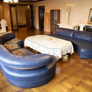 オフィスの来客用として購買したソファー販売します。
