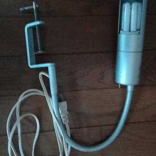 クランプ式 照明器具 デスクライト