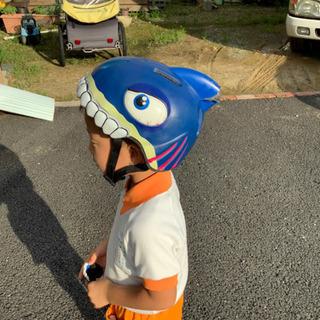 値下げ レア ヘルメット 子供用 サメ 49-55センチ クレー...