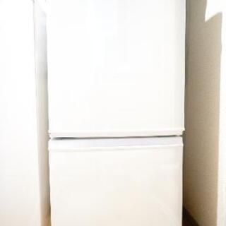 使用3年 シャープの冷蔵庫 新品同等品です!