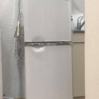 (再投稿)一人暮らし用の冷蔵庫です。