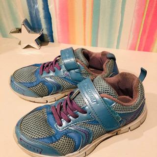 【受け渡し相談中】女の子の靴  20cmの画像