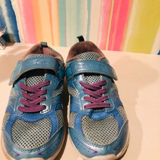 【受け渡し相談中】女の子の靴  20cm − 愛知県