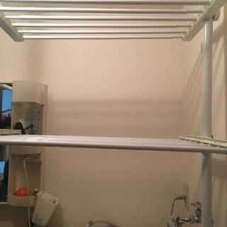 突っ張り ランドリーラック 洗濯機の上の収納