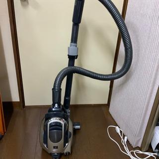 掃除機 シャープ 2011年 サイクロン式 中古^_^