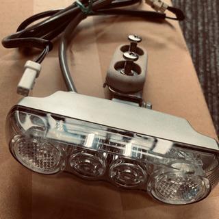 電動アシスト自転車のLEDライト。