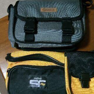 未使用ダイワのウエストバッグとカーナビ用ゴリラのバッグ、2点セッ...