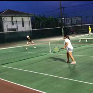 【初心者向け テニススクール】