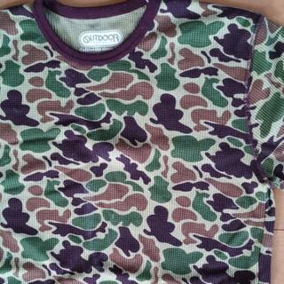 カモフラ柄のサーマルシャツ