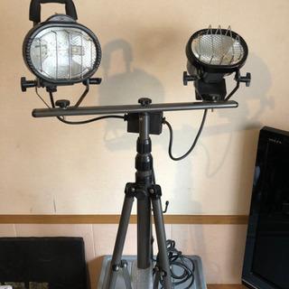 新品スタンド付きワークランプ 三共コーポレーションハロゲン照明の画像