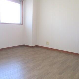 ★3LDK・家賃6.5万円・家賃3ヶ月無料★ルナカルド4F