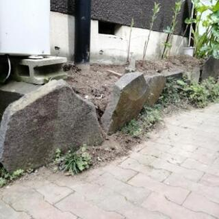 [交渉中]花壇の石・花壇の土あげます☆