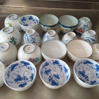 ほぼ新品 16客 湯飲み茶わん ばら売り可能 お盆や法事など人寄せに。