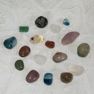 天然石 さざれ石 翡翠や瑪瑙、水晶など