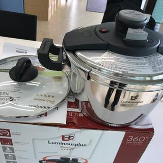 【新品・未使用品】高級両手圧力鍋 「送料無料」