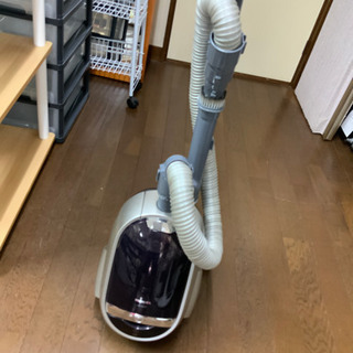 掃除機 TOSHIBA 2007年 サイクロン式 中古^_^