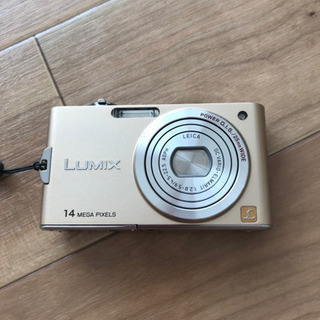 デジタルカメラ(ゴールド)
