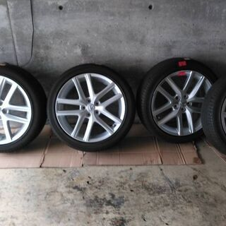 【レクサス】CT-200h 純正ホイールとタイヤ4本セット