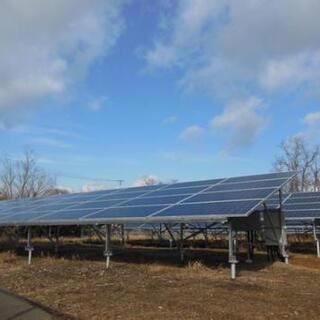 現場での簡単な施工業務  太陽光パネル設置 電話番号付きで宜しく...