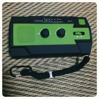 [未使用]多機能 防災ラジオ 緑色 シンプル使い易い 災害 避難...