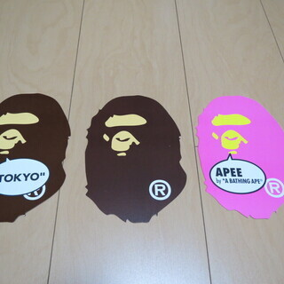 A BATHING APE / BAPE TOKYO / APE...