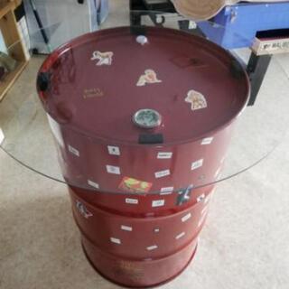 ドラム缶ガラステーブル