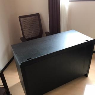 事務机/パソコン用机とokamuraチェアセットの画像
