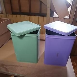 ※ブリキ缶 食品などの保存用にいかがですか? 在庫紫4缶になりました