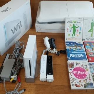 【再値下げ】Wii ソフト+Wiiフィット付き フィットネスにも。
