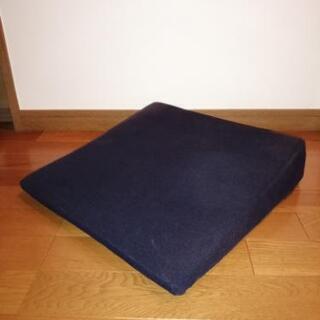 腰痛対策 テンピュール シートウェッジ 椅子用座面クッション