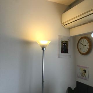 ダイヤルで明るさ調光できるスタンドライトです - 名古屋市