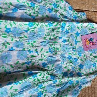 女の子の服(95センチ)5点セットで。※写真をうまく添付出…