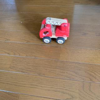 木製の消防自動車