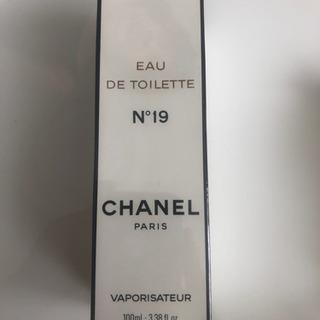 CHANEL N°19 香水100ℓ