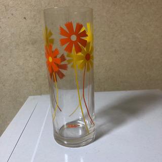 レトロなガラスコップ